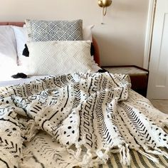 Check out our mudcloth throw selection for the very best in unique or custom, handmade pieces from our shops. Bohemian Bedding, Bohemian Bedroom Decor, Boho Decor, Boho Throw Blanket, Black Blanket, Traditional Cushions, White Throws, Light In, Bedroom Bed