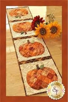 #FabricScissors Pumpkin Quilt Pattern, Thanksgiving Table Runner, Fall Table Runner, Halloween Quilts, Halloween Pics, Shabby Fabrics, Fall Quilts, Quilted Table Runners, Quilted Table Runner Patterns
