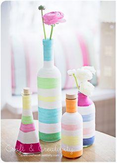 En IdeasParaDecoración amamos al planeta: Floreros con botellas recicladas ¡Se habla verde!. http://ideasparadecoracion.com/floreros-con-botellas-recicladas/