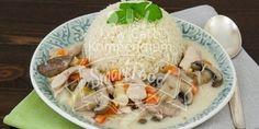 Low-Carb Hühnerfrikassee mit Blumenkohlreis - dieses Rezept ist schnell und einfach gemacht. Eine leckere Low-Carb Variante des beliebten Gerichtes.