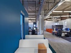 Image 2 of 9 from gallery of Expedia Office / Rapt Studio. Photograph by Eric Laignel Interior Work, Office Interior Design, Interior Architecture, Corporate Interiors, Office Interiors, Shipping Container Office, Google Office, Startup Office, Commercial Office Space