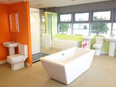 Photo Of A New Bath At Our Sheffield Showroom