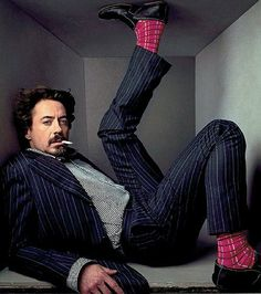 Robert Downey Jr. by Annie Leibovitz Annie Leibovitz's photographs are amazing.
