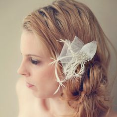 White Shooting Star Feather Hair Clip Fascinator