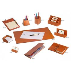Minimalist desk pad made with leather by Absolute Breton: the widest collection of leather desk blotters with exclusive and custom designs. Office Accessories, Leather Accessories, Leather Keychain, Leather Wallet, Desk Blotter, Minimalist Desk, Craft Room Design, Desk Supplies, Leather Bound Books