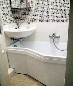 Tiny bathrooms 554365035360262897 - Small bathroom space saver – this is the way I am updating my Rv so I can still enjoy my occassional bubble bath. Source by deudaric Corner Sink Bathroom, Bathroom Tub Shower, Bathroom Layout, Modern Bathroom Design, Bathroom Storage, Bathroom Designs, Bathroom Ideas, Shower Ideas, Bathroom Makeovers