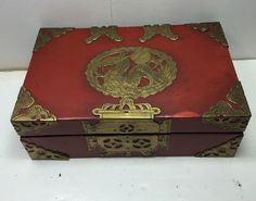 Vintage Lacquer Asian Chinese Jewelry Box with Brass Hardware Dragon   eBay