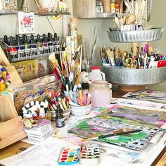 Read more about my creative journey in the Winter 2017 issue of Good morning studio. Read more about my creative journey in the Winter 2017 issue of Art Studio Storage, Art Studio Room, Art Studio Design, Art Studio Organization, Art Studio At Home, Studio Spaces, Painters Studio, Bureau Design, Art Desk