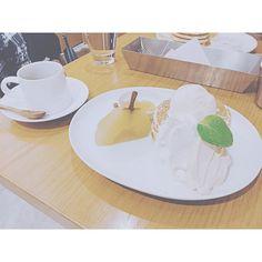休日遅めの時間に待ち合わせてパンケーキとか女子ぽ笑 おしゃべり楽しいなぁひとりでなんでもやれるしどこでもいけますけど誰かといるのはまた全然違う楽しさがあるってことは大切にしたい  #まるカフェ巡り #pancake #sweets #harajuku #cafe #coffee #friend