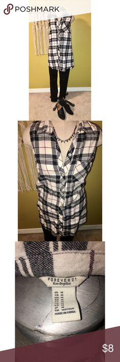 Sleeveless plaid top ❣️ Flannel plaid button up duster/top from Forever 21 in size medium. Make an offer or add to a bundle 💕✨ Forever 21 Tops Button Down Shirts