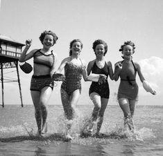 Splish splash! 1949.