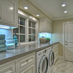 LAUNDRY ROOM Another Great Design Idea For A Well Functioning Laundry Room Traditional Pictures Remodel Decor And Ideas