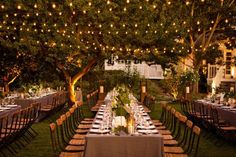 Frungillo-Off-Premise-bistro-lighting-wedding-reception-afternoon-evening-long-family-style-table-setting-string-rustic-charming.jpg (1200×800)