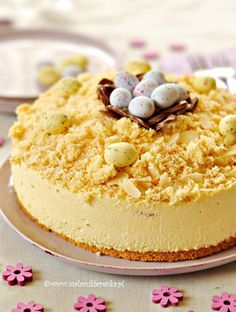 Cream cake with with traditional Dutch Advocaat liqueur Polish Desserts, Polish Recipes, Polish Cake Recipe, Baklava Cheesecake, Sweet And Spicy, Easter Recipes, Cream Cake, Cake Cookies, Food To Make
