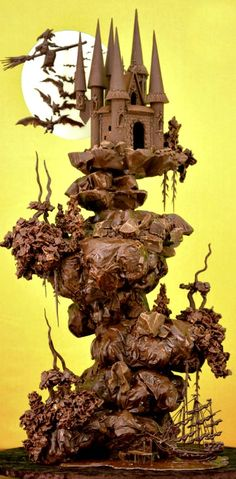 www.cakecoachonline.com - sharing...Spooky Chocolate Castle Cake - AMAZING!    ᘡղbᘠ