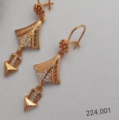 Gold Wedding Jewelry, Sparkly Jewelry, Gold Jewelry, Dress Jewellery, Ear Jewelry, Gold Earrings Designs, Gold Jewellery Design, Amethyst Earrings, Gold Drop Earrings