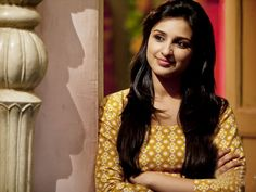 After successful carrier of Priyanka Chopra her sister Parineeti Chopra is ready to build her carrier in Bollywood, after winning a special performance Bollywood Actors, Bollywood Celebrities, Hindi Actress, Indian People, Parineeti Chopra, Actress Wallpaper, Attractive People, Hottest Photos, Indian Actresses