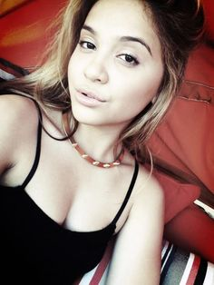 { Stella Hudgens } Ariana Grande Selfie, Most Beautiful, Beautiful Women, For Your Eyes Only, Celebrity Pictures, Kylie Jenner, Hipster, Celebrities, Pretty