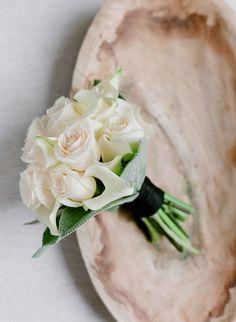 Chic ivory rose wedding bouquet: http://www.stylemepretty.com/2017/04/26/modern-garden-art-wedding/ Photography: Jose Villa - http://josevilla.com/
