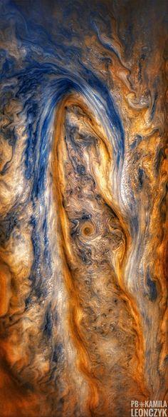 Eye of the storm. A raging storm on Jupiter, imaged by Junocam. Credit: NASA/JPL-CalTech/SwRI/MSSS