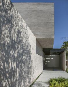 Galeria de Casa Cubos / Studio [+] Valéria Gontijo - 2
