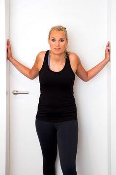 Schulter-Übung 9: An der Wand abstützen und..