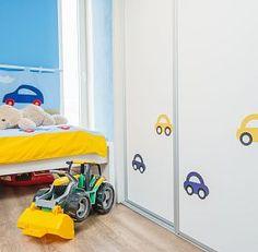 Detail vestavěné skříně v dětském pokojí