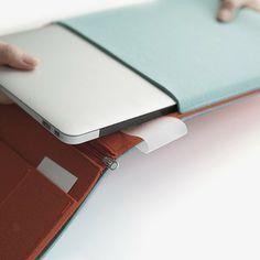 Felt Tablet Case - Aqua by 11+ | MONOQI