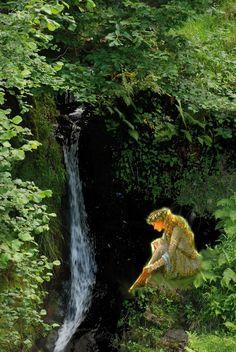 Las #Xanas son una especie particular de hadas o ninfas que habitan en #Asturias,...  http://www.asturiasyenatural.es/seres-magicos-de-asturias-la-xana/