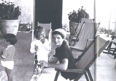 First Lady ..Jacqueline Bouvier Kennedy With Her Children's John Jr And Caroline  Awesome ...Great Mother As She Said  I'll be a wife and mother first, then First Lady. Jackie Kennedy.❤❤❤ ❤❤❤❤❤❤❤   http://en.wikipedia.org/wiki/Jacqueline_Kennedy_Onassis