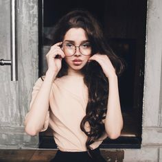 """93.9k Followers, 282 Following, 334 Posts - See Instagram photos and videos from Ksenia Rain (Moscow) (@septembrenell)  WigIsFashion 28"""" Long Curly Medium Brown Lace Front Synthetic Hair Wig LF694"""