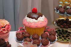 Cupcakes de chocolate moldados de Patty&Doces