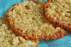 Finnische Haferkekse, ein schmackhaftes Rezept aus der Kategorie Kekse & Plätzc… Finnish oatmeal cookies, a tasty recipe from the biscuits & cookies category. Brownie Mix Cookies, Chewy Brownies, Healthy Brownies, Brownie Desserts, Cheesecake Desserts, Oatmeal Cookies, Brownie Recipes, Cookies Vegan, Vegan Cake