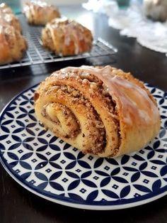 Greek Sweets, Greek Desserts, Greek Recipes, Cupcake Recipes, Dessert Recipes, Cinnamon Rolls, Brunch, Food And Drink, Cooking Recipes