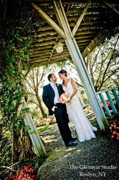 www.glenmarstudio.com #weddings #brideandgroom #weddingportraits #glenmarstudio #weddingday #bride #groom #bridesmaids #groomsmen #bridalparty #weddingphotography #weddingphotographers