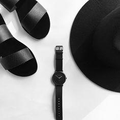 B L A C K ✔️ Just black - can't beat it ♠️