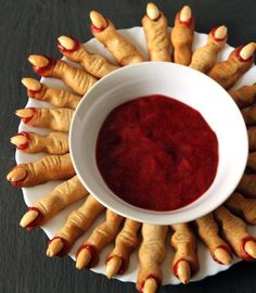 Witch Finger Cookies (without food coloring!) Texanerin Baking Witch Finger Cookies (without food coloring!) Texanerin Baking The post Witch Finger Cookies (without food coloring!) Texanerin Baking appeared first on Halloween Desserts. Halloween Snacks, Comida De Halloween Ideas, Halloween Fingerfood, Halloween Torte, Soirée Halloween, Halloween Party Appetizers, Hallowen Food, Snacks Für Party, Halloween Party Decor