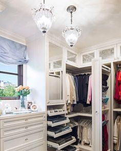 35 Best Walk in Closet Ideas and Picture Your Master Bedroom Closet Organization Ideas You'll Want to Steal Immediately California Closets, Organizar Closet, Closet Vanity, Master Bedroom Closet, Master Closet Design, Bedroom Closets, Closet Rooms, Walk In Closet Design, Master Room