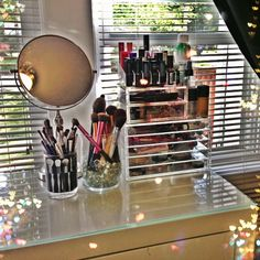 Draw Storage is More Efficient and Effective Than Counter Space | Makeup…