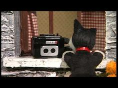 Pat takes delivery of his new video camera and decides to make a Greendale Video Diary. Much to Pat's surprise no one seems very keen on taking part in the f. Postman Pat, Stop Motion, Pre School, Animation, Movies, Youtube, Films, Cinema, Animation Movies