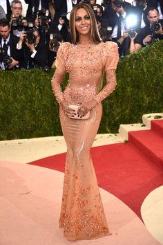 Beyoncé in Givenchy Met Gala 2016