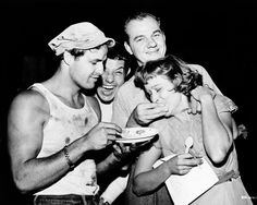 Fun on the set of A Streetcar Named Desire (1951)