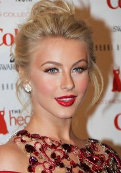 Julianne Hough Classic Red Lips