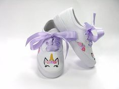 Unicorn Shoes Hand Painted Sneakers for Baby or Toddler Unicorn Theme Birthday Party Dinner Party Outfits, Birthday Party Outfits, Unicorn Birthday Parties, Unicorn Party, Rainbow Unicorn, Bling Baby Shoes, Baby Bling, Baby Girl Shoes, Painted Sneakers