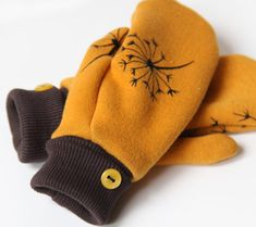 Slow fashion / Pomalá móda Archives - Strana 2 z 6 - Prošikulky. Hobby Room, Three Kids, Baby Sewing, Slow Fashion, Mittens, Sewing Crafts, Sewing Patterns, About Me Blog, Women's Gloves