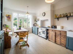 Complete back-to-brick overhaul of a terraced 3-bedroom house in Leytonstone, including a loft conversion, which added a new master bedroom with an en-suite. Design of the new kitchen restored in vintage style