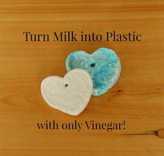 Turn milk into plastic with vinegar! Such a cool and easy science experiment for kids and preschoolers! #preschool #scienceexperiment #kindergarten #science #coolscience
