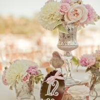 vintage decor @weddingchicks