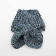 [キット] ガーター編み葉っぱのマフラー COL-20 - Puppy オンラインストア (パピー毛糸) Cowl, Knitting Patterns, Projects To Try, Ideas, Long Scarf, Knit Patterns, Cowls, Knitting Stitch Patterns, Thoughts