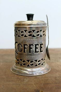 Enjoy a yummy espresso. Is there ever a time it's not cappuccino time? I want to get this delightful beverage Coffee Talk, I Love Coffee, Coffee Break, My Coffee, Coffee Drinks, Morning Coffee, Coffee Shop, Coffee Cups, Coffee Creamer